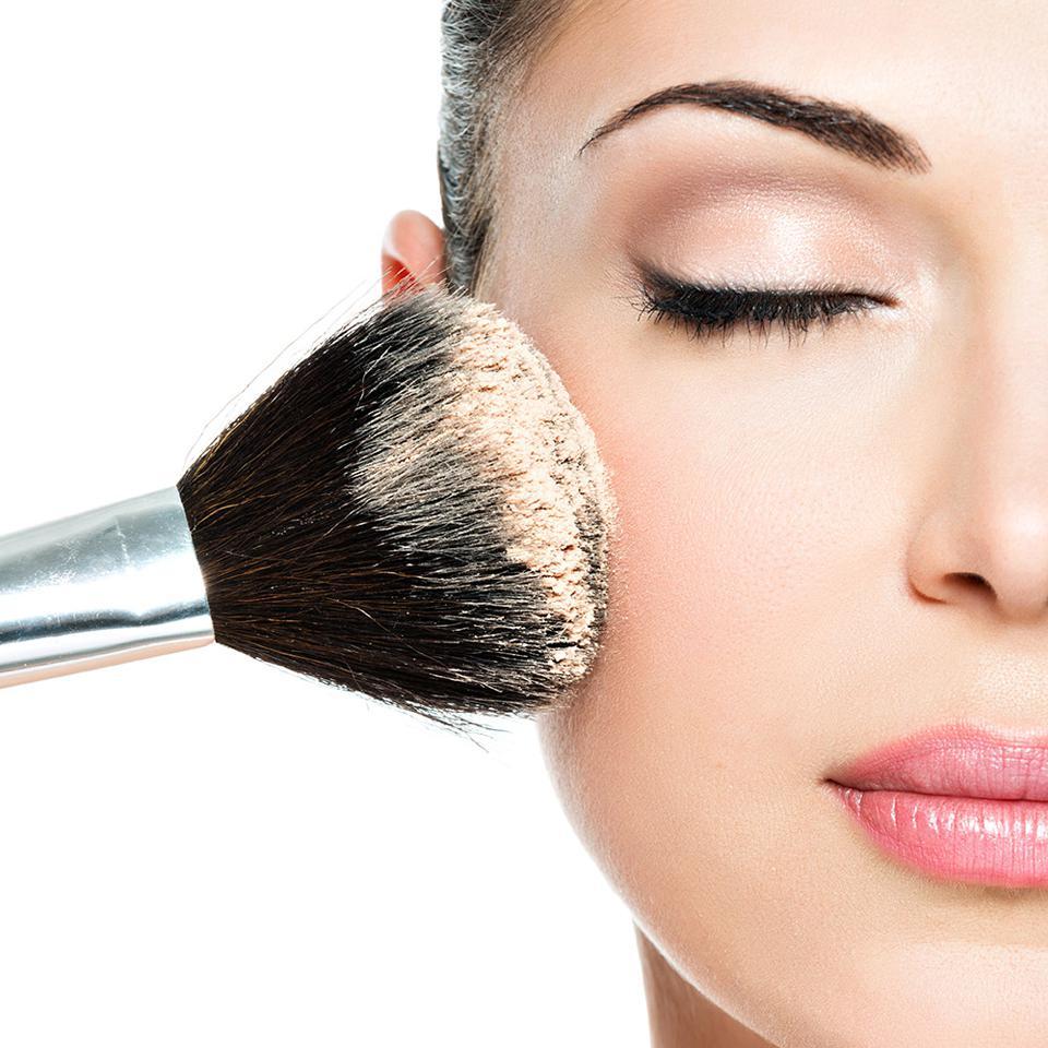 Beauté du Visage, Maquillage